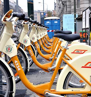 Bike sharing e auto condivise novit a milano per gli eco for Mobile milano bike sharing